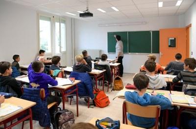 Une nouvelle salle de classe (5ème garçons)