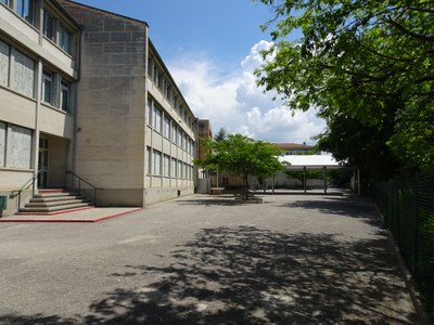 Le collège (vue vers l'Aqueduc)